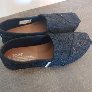 Lacy Black Toms (size 6)